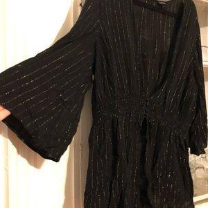 Sparkle pinstripe gold & black kimono torrid sz 1